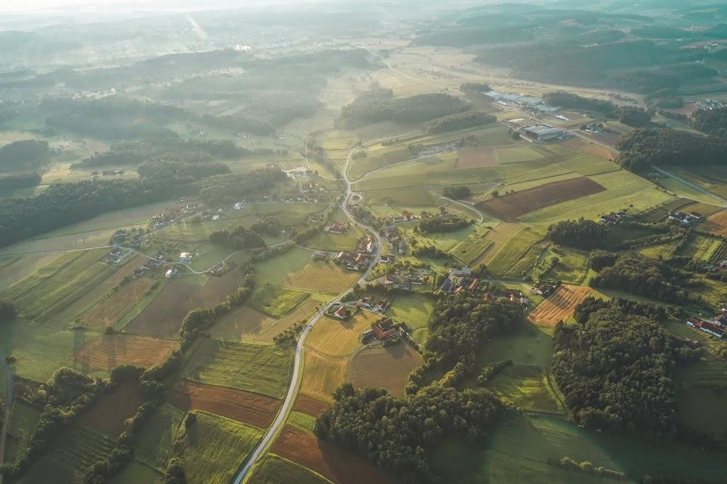 polski blog podróżniczy, widok z lotu balonem w Austrii widok z lotu ptaka na Styrię