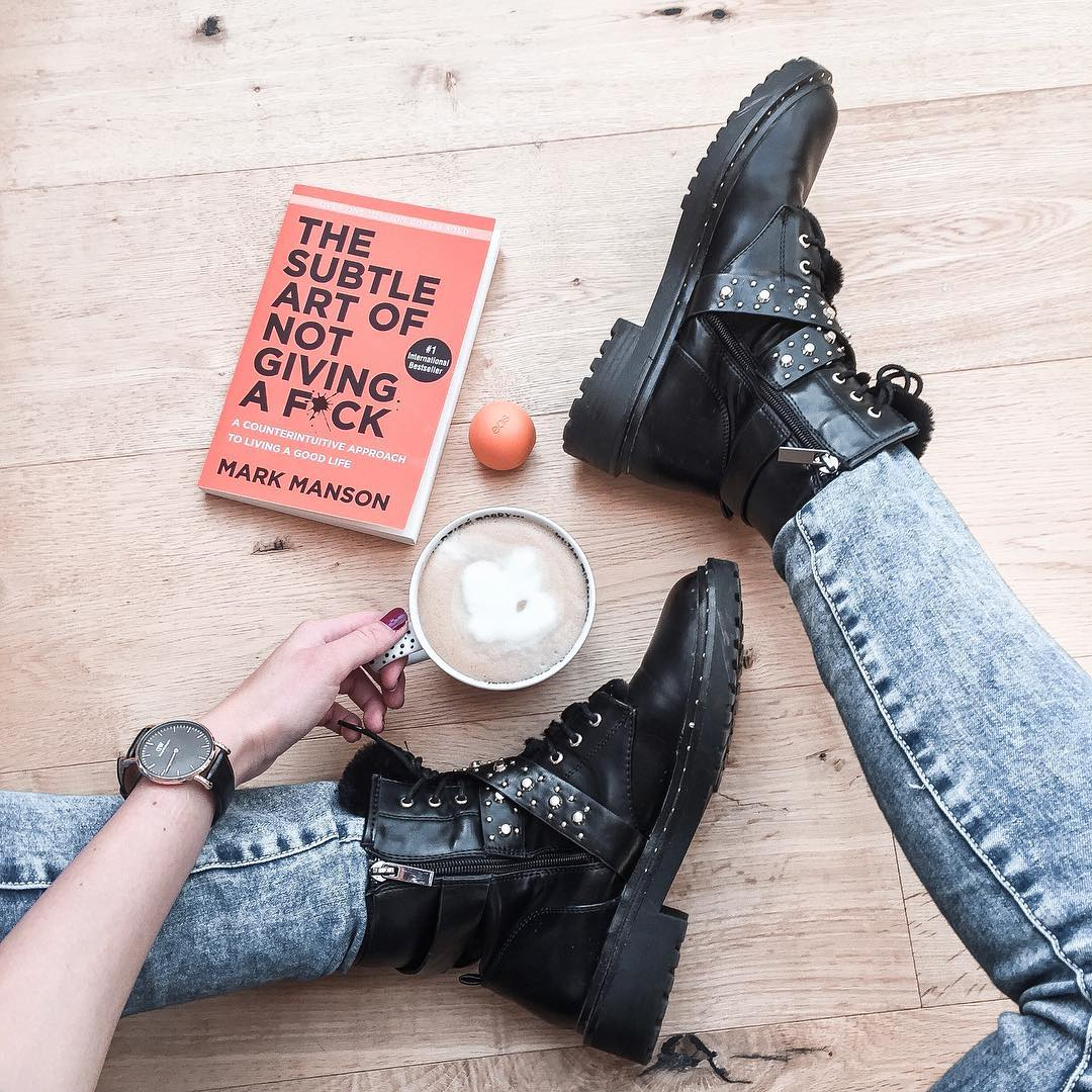 art of not giving a fuck, book, orange book, boots, thedailywonders, lifestyle blog