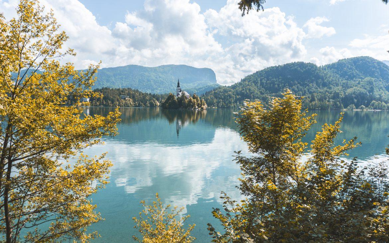 Wyspa na jeziorze Bled Słowenia