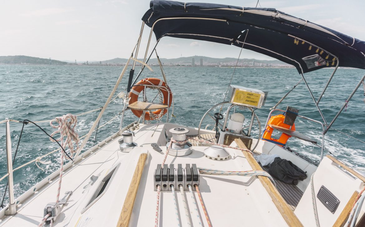 Airbnb sailing tour in Barcelona.