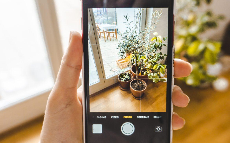 Jak robić lepsze zdjęcia telefonem i jak włączyć funkcję siatki w aparacie?